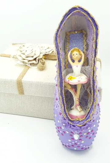 Pointe shoes art Nine